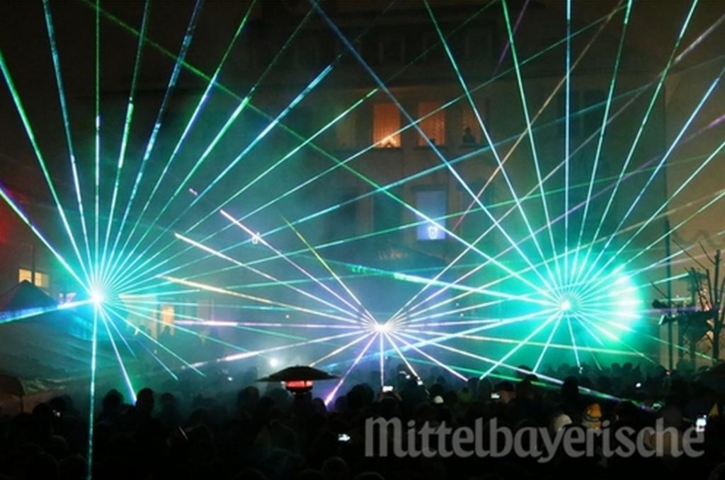 Spektakuläre Lichteffekte begeisterten die Partygäste